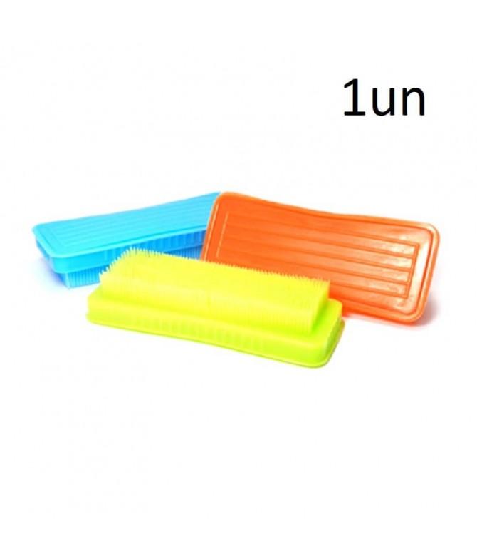 Escova Plástico Roupa 1un